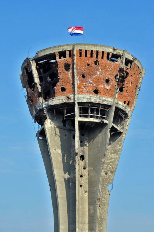18. studeni - spomen stradanja Vukovara, Škabrnje... svih sela i gradova u Domovini