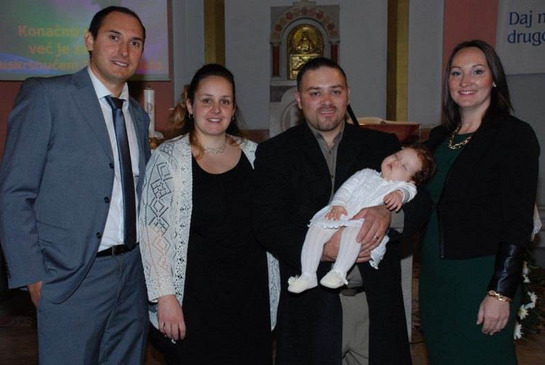 15. studenoga 2015. Krštenje Paole Saršon