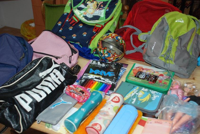 4. srpnja 2015. - Dar župljana Kantride za siromašne školarce