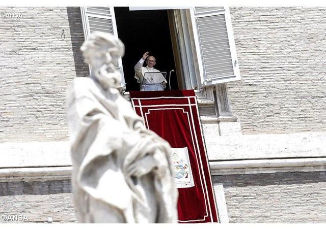 9. srpnja 2017. - Papin nagovor uz molitvu Anđeo Gospodnji u nedjelju