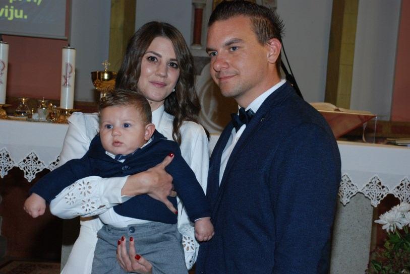 21. listopada 2018. kršten je Noel Barbalić