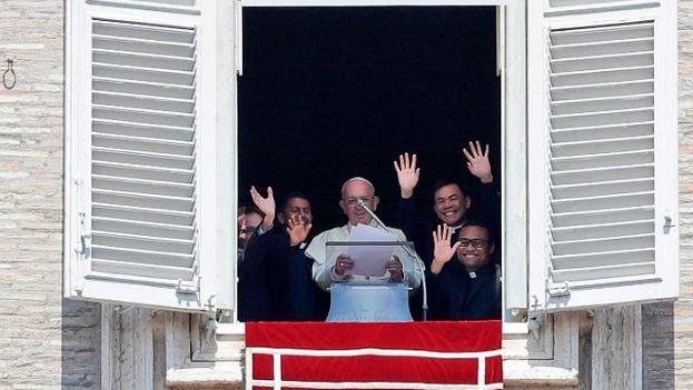 22. travnja 2018. - Papin nagovor uz molitvu Kraljice neba u nedjelju