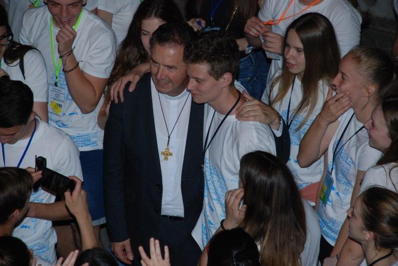 25. svibnja 2018. - Vrhovni poglavar s mladima