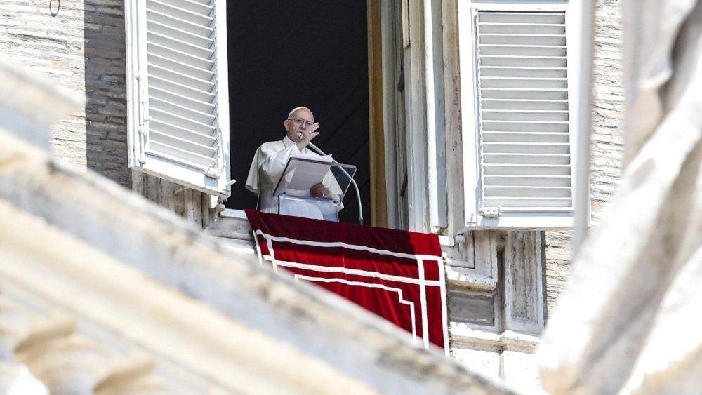 8. srpnja 2018. - Papin nagovor uz molitvu Anđeo Gospodnji u nedjelju