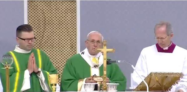 23. rujna 2018. - Papa Franjo u Kaunasu slavio misu i izmolio Angelus
