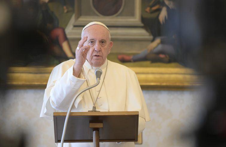 3. svibnja 2020. - Papin nagovor prije i nakon molitve Kraljice neba u nedjelju