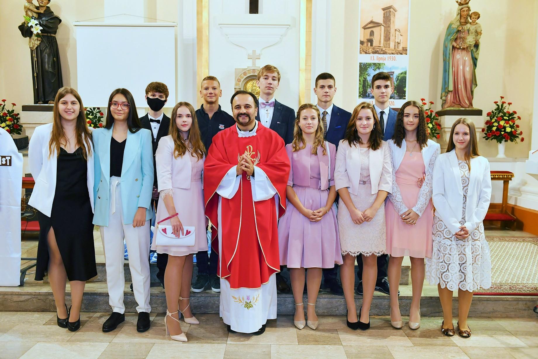Sakrament sv. krizme u našoj župi sv. Antuna Padovanskog