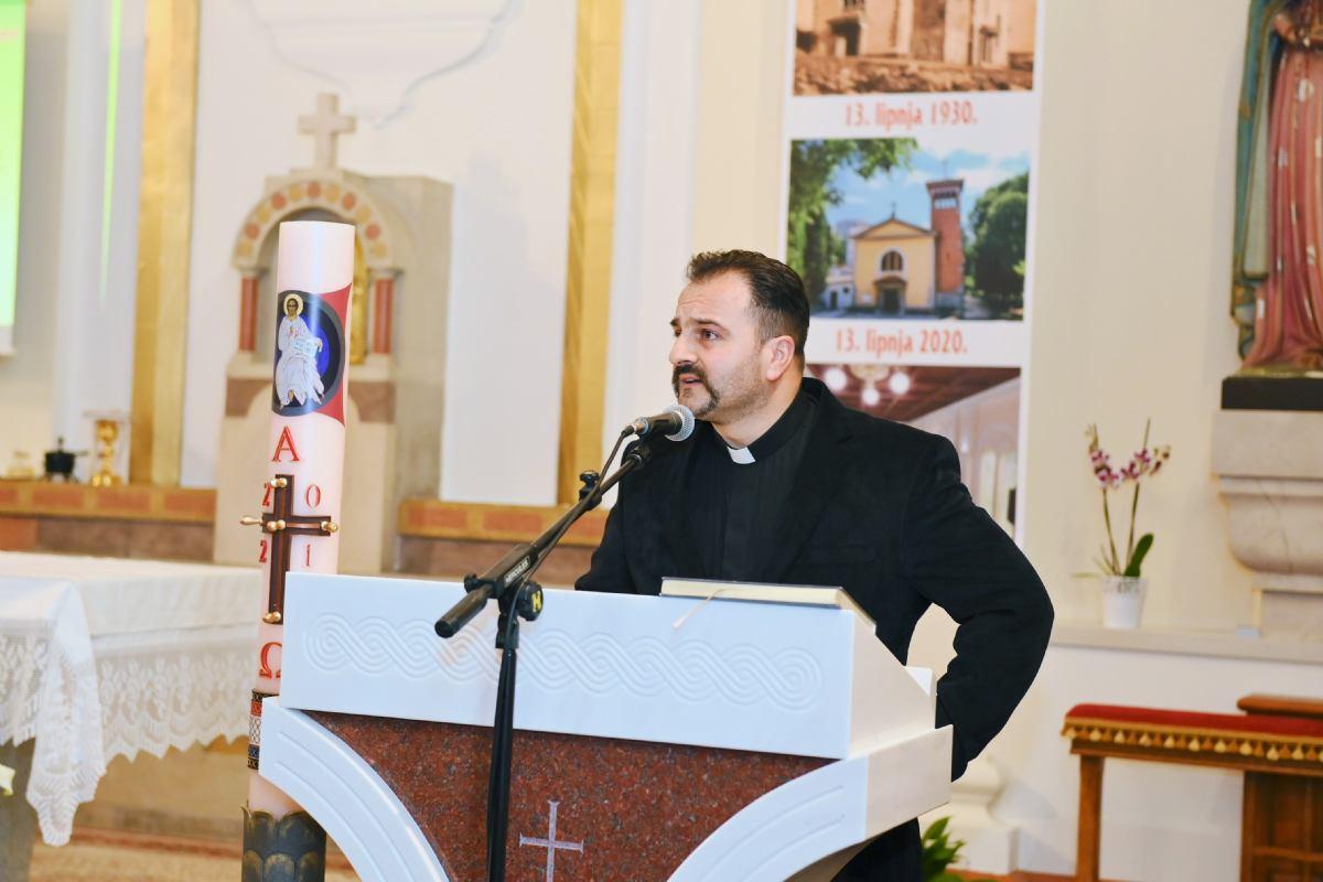 Zaključni govor župnika Vjekoslava na promociji Monografije kronike crkve i župe sv. Antuna na Kantridi